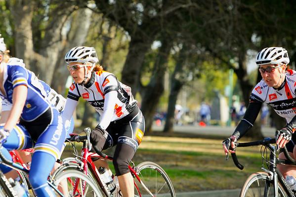 Land Park Women's 4 race